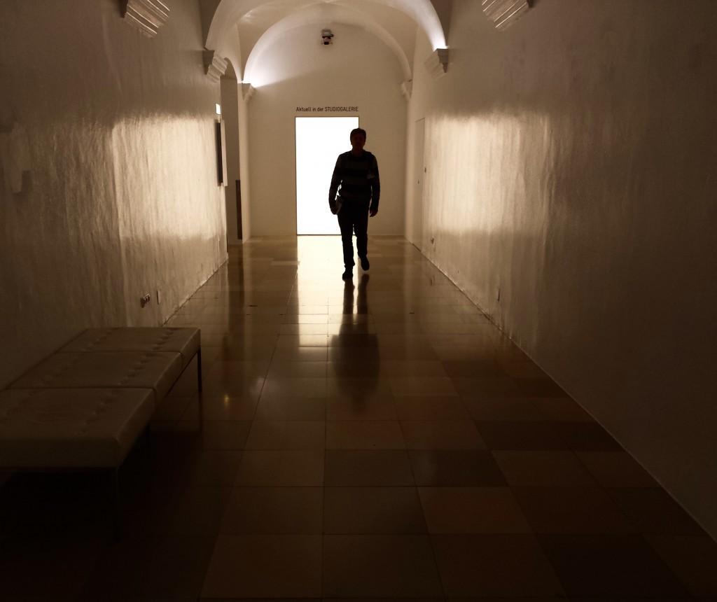 Luca Vivan, travel blogger, eco blogger, Ars Electronica, Linz, Austria, corridoi dell'Ok Center for Contemporary Art