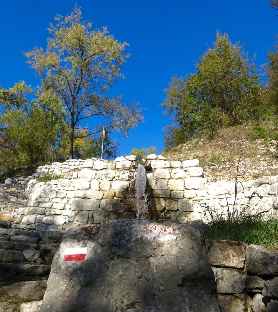 Luca Vivan, travel blogger, Dardago, Pordenone, Friuli, rujal de San Tomè, pedemontana, val di Croda, cascata del Perer