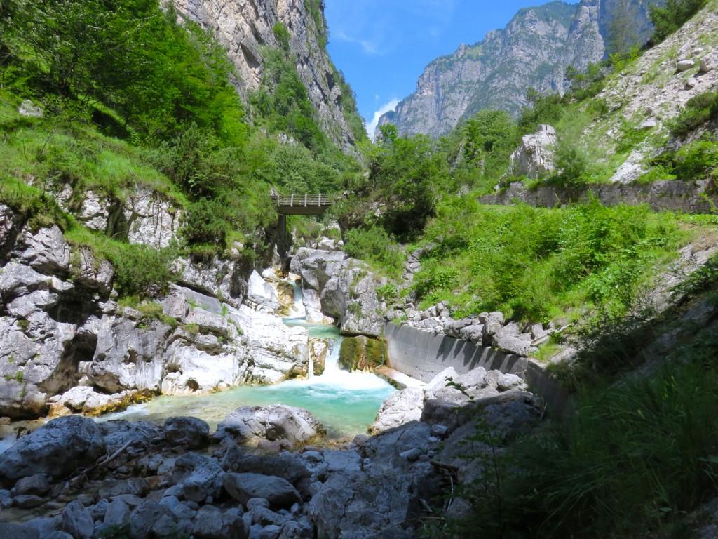 Luca Vivan, eco blogger, Dolomiti, Friuli, Pordenone, Val Cimoliana, Parco Dolomiti Friulane, rocce dolomitiche, wilderness, torrente Cimoliana