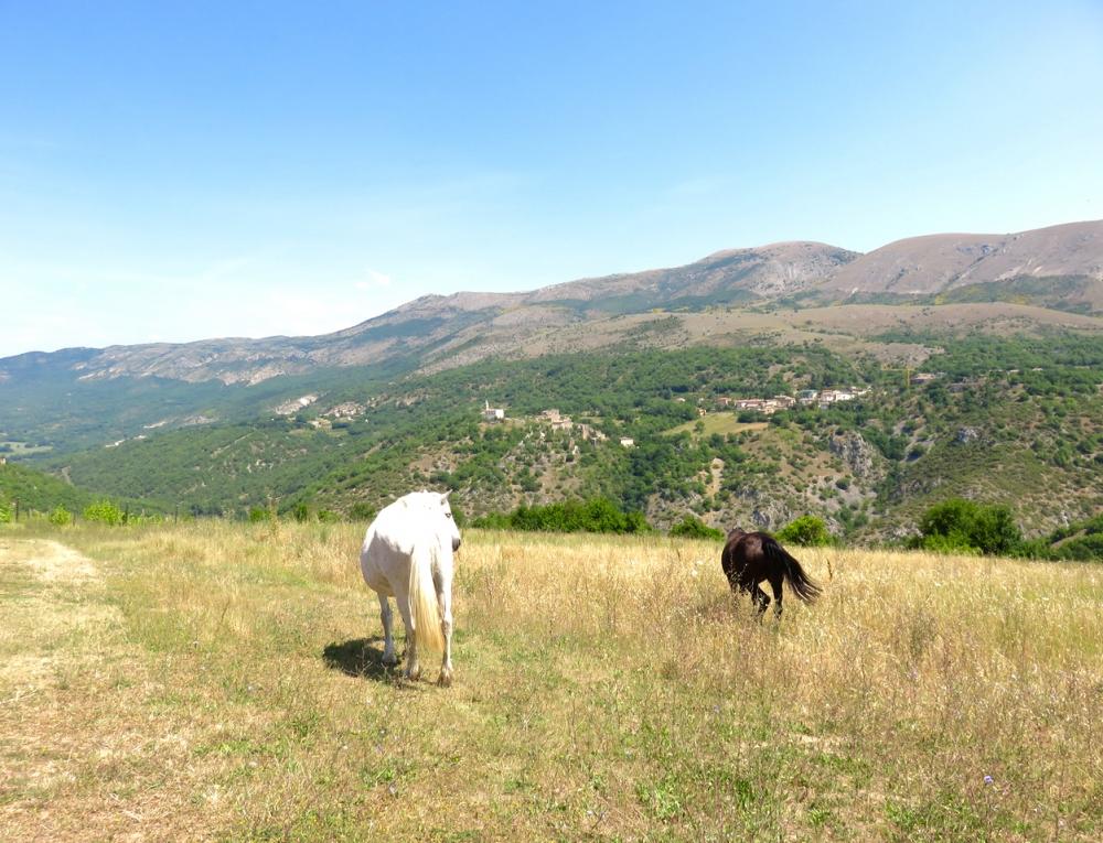 viaggio come cura, turismo consapevole, valle dell'Aterno, Abruzzo, stile benessere