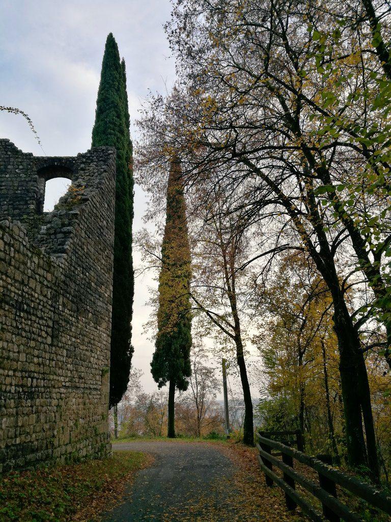 Passiparole, Val Colvera, Maniago, Pordenone, Friuli, Friuli-Venezia Giulia, LisAganis, ecomuso delle Dolomiti, castello di Maniago, foliage Friuli