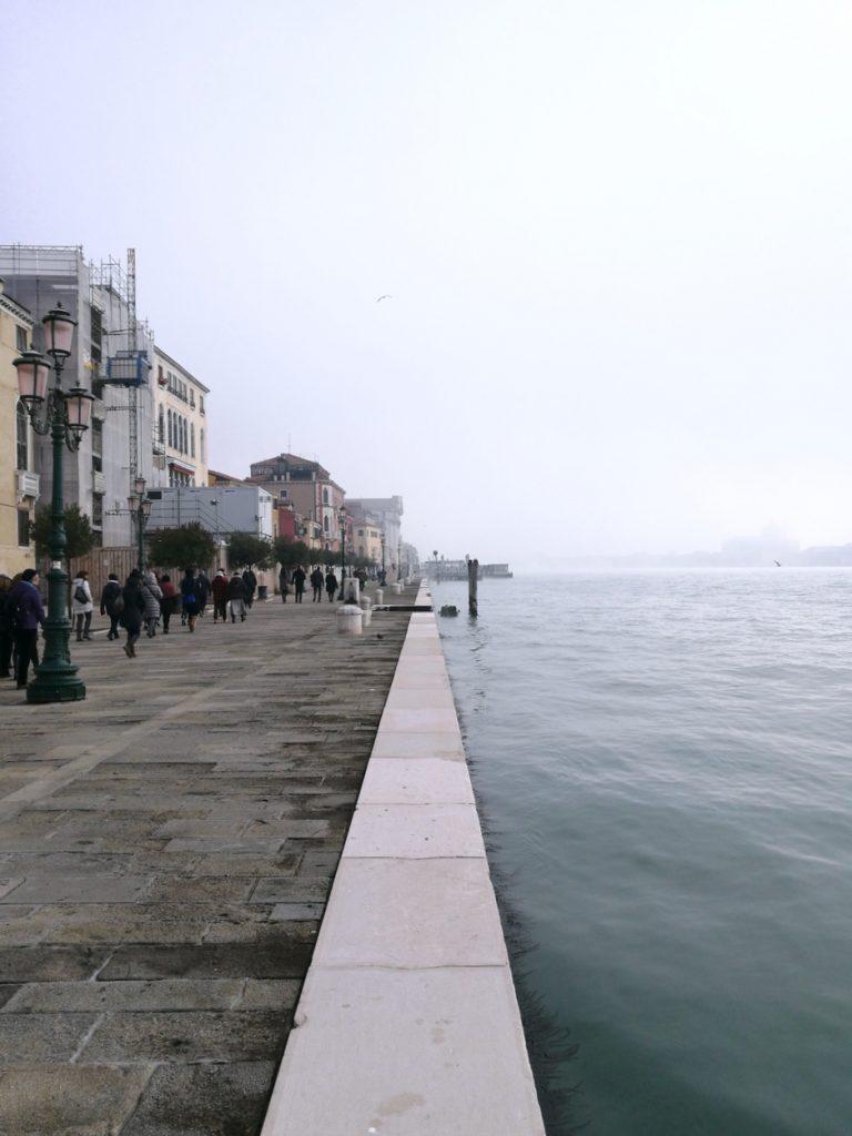 Venezia, Venice, SlowVenice, nizioleti, turismo lento a Venezia, slow tourism Venice, Sestiere di Dorsoduro, zattere Venezia