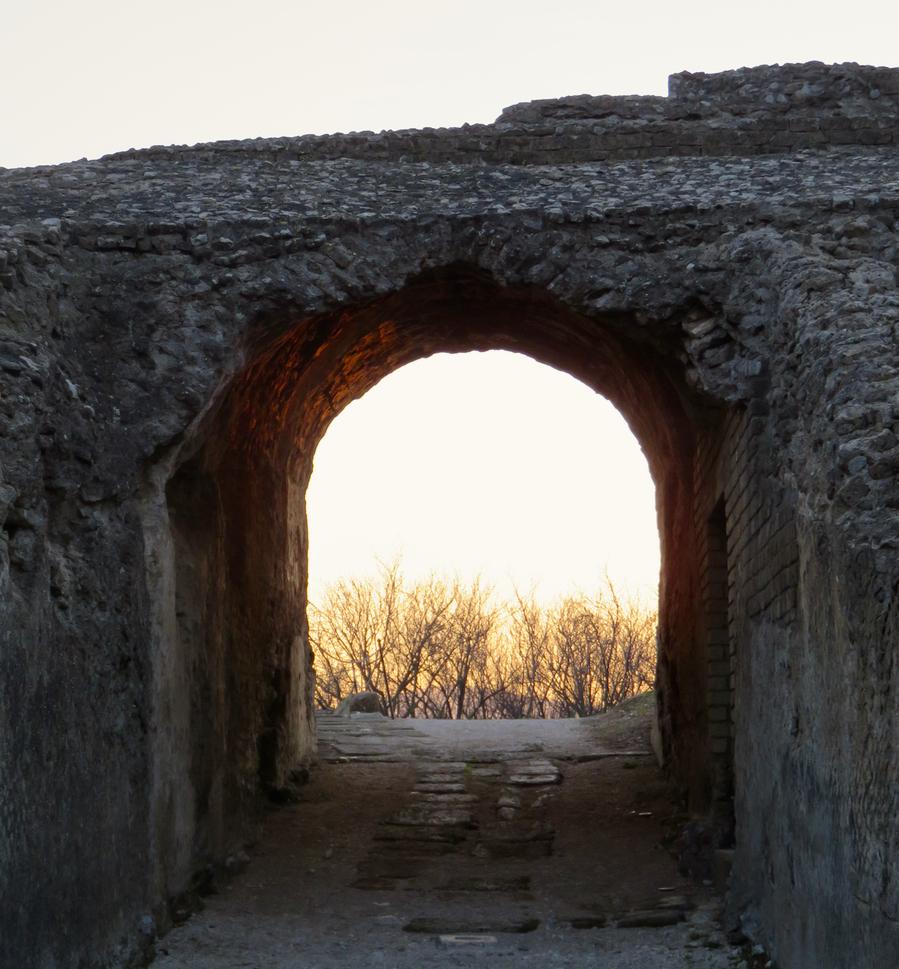 Irpinia, Avellino, Campania, anfiteatro romano di Avella