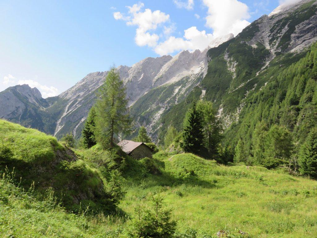 Alpi segrete, Val Cimoliana, Dolomiti friulane, Friuli Venezia Giulia, laghet de sora, malghe Friuli