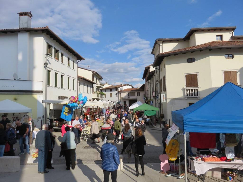 mele antiche, Fanna, Maniago, Mostra Itinerante Mele Antiche, Friuli Venezia Giulia
