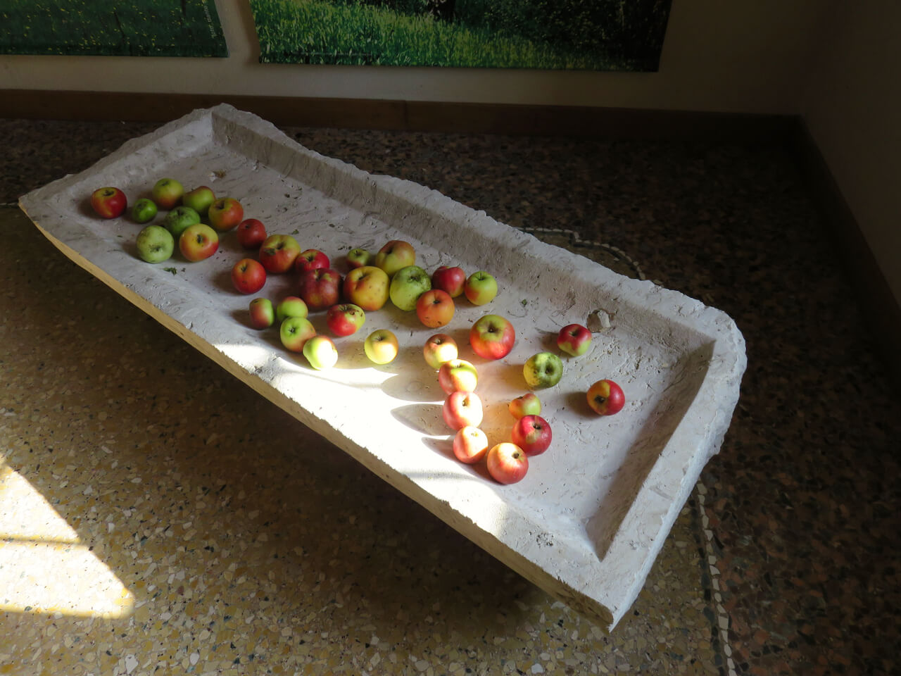 Tavoli Da Giardino Antichi.La Mostra Delle Mele Antiche Storie Nascoste Del Friuli Luca Vivan