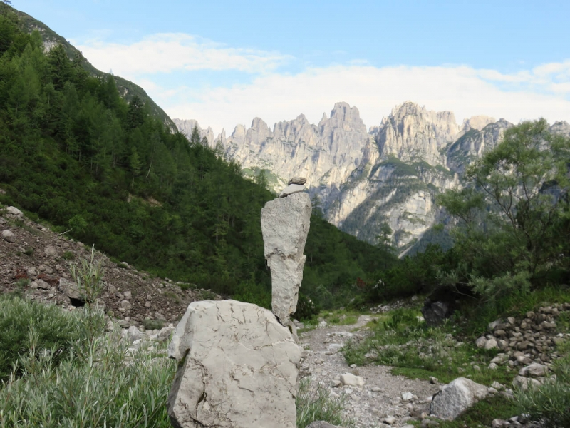 val d'inferno, Dolomiti Friulane, Friuli, un anello tra le Dolomiti friulane