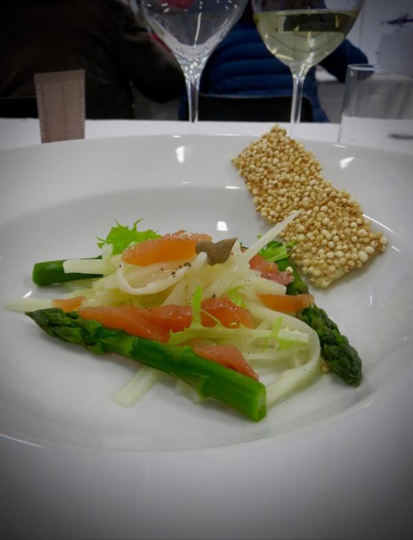 asparago di Cordenons, piatto di asparagi cucinato dallo chef della Primula di San Quirino, Friuli