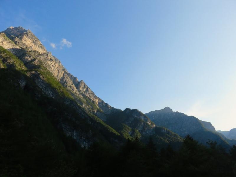 fine estate friuli, alba in val Cimoliana, parco dolomiti friulane