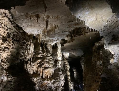 Nel grembo della terra, dentro le grotte di Villanova