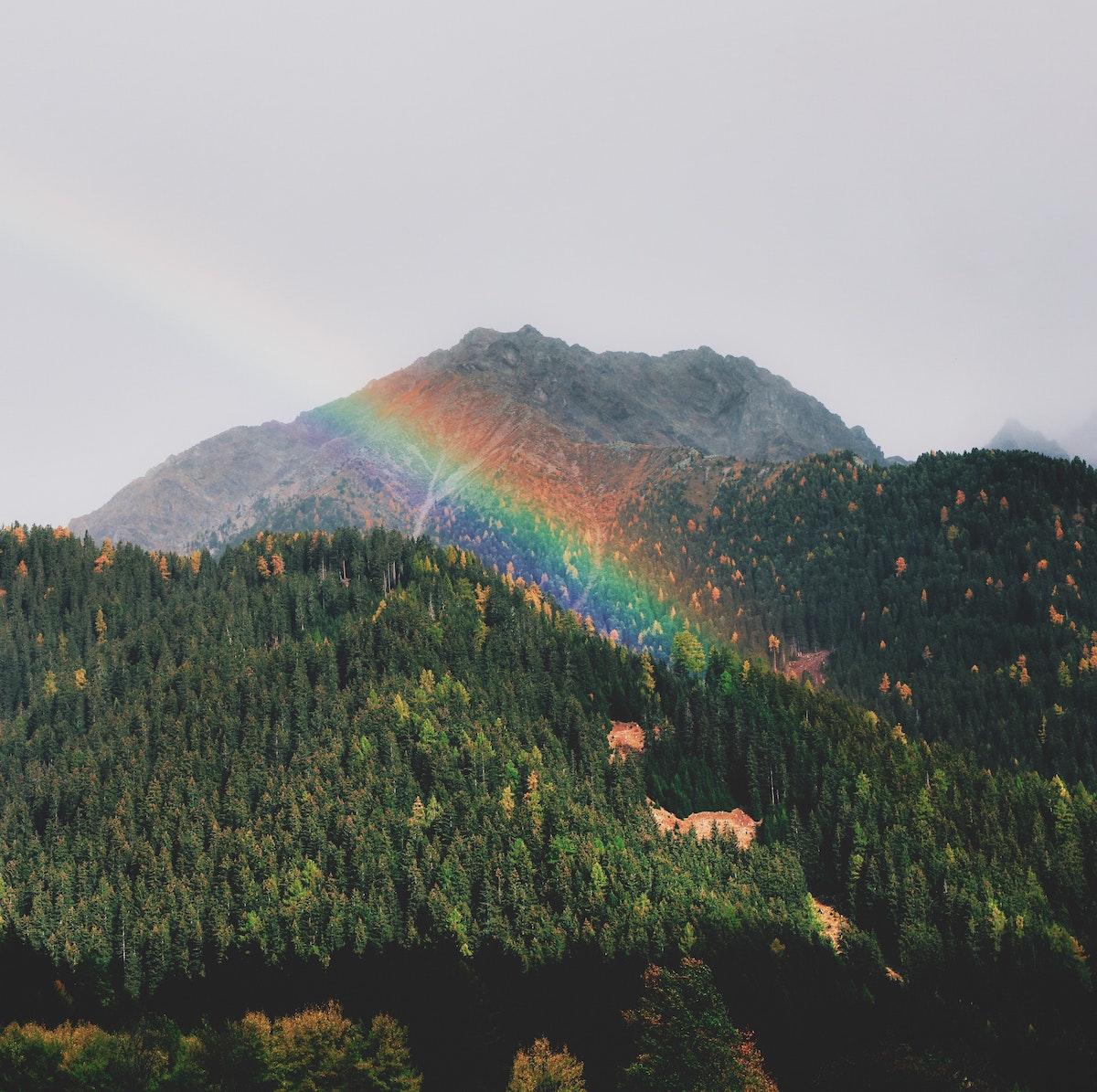 arcobaleno tra le Alpi, racconto Luca Vivan, i guerrieri arcobaleno -eberhard-grossgasteiger