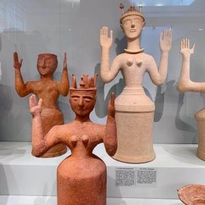 museo archeologico Heraklion, arte minoica neolitica, statue grande Madre